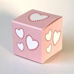 Geschenkschachtel Würfel Herzen