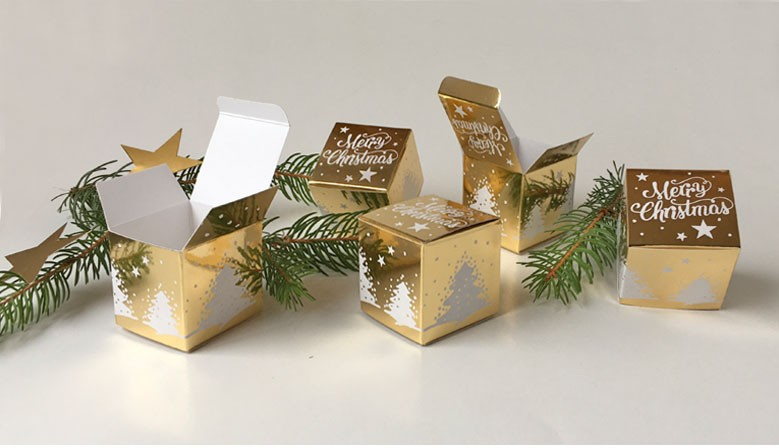 Geschenkschachtel Würfel 4x4 cm, merry christmas